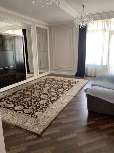 Продается квартира: 3 комнаты, 140 кв. м