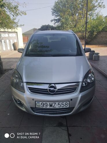 Opel - Azərbaycan: Opel Zafira 1.9 l. 2006 | 415725 km