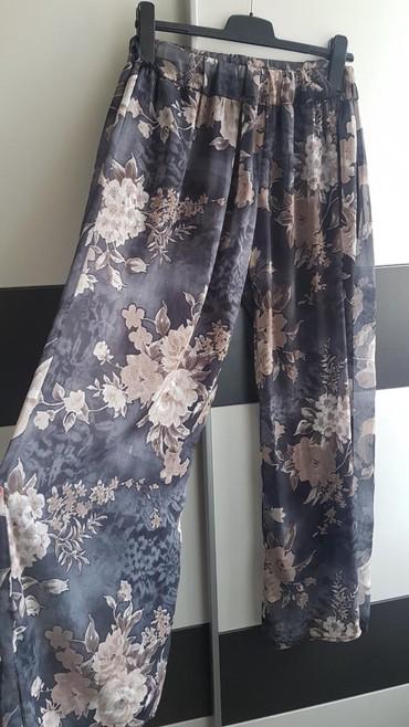 Odlicne ženske lagane pantalone,univerzalna veličina,unutra imaju - Belgrade