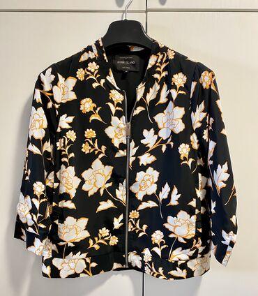 Легкая куртка с карманами. River Island S/M. В идеальном состоянии