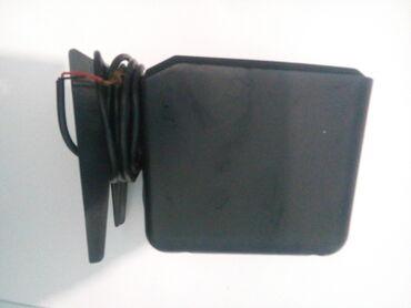 Продаю одну колонку Microlab с компьютерной настольной системы  Рабоча