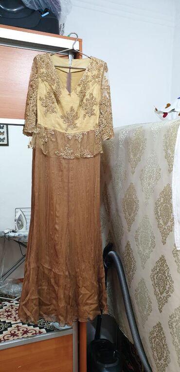гипюр платье в Кыргызстан: Продаю платье на вечер, шили на заказ! Верх гипюр основа шелк