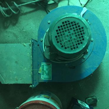 вытяжки для кухни бишкек в Кыргызстан: Промышленная вытяжка.размер указан на фото