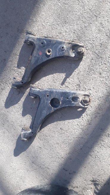 Продаю передний рычаг мазда 626 Каракол(Аксуу)