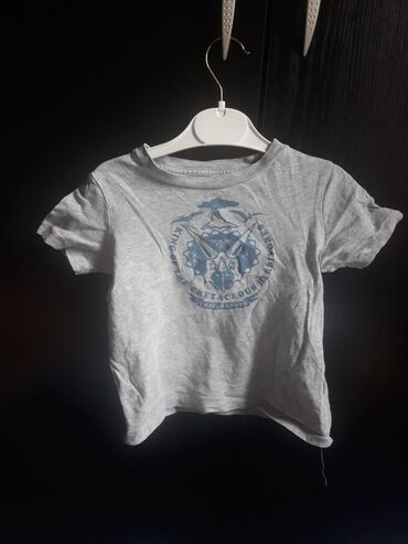 Baby Gap majica bez oštećenja Velicina 92