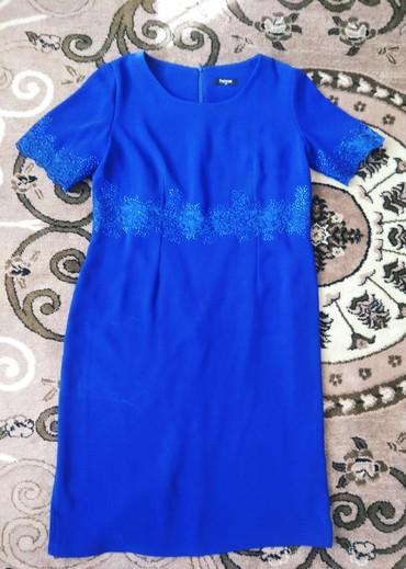 Продаю женское шикарное платье очень красивое вечернее, производство