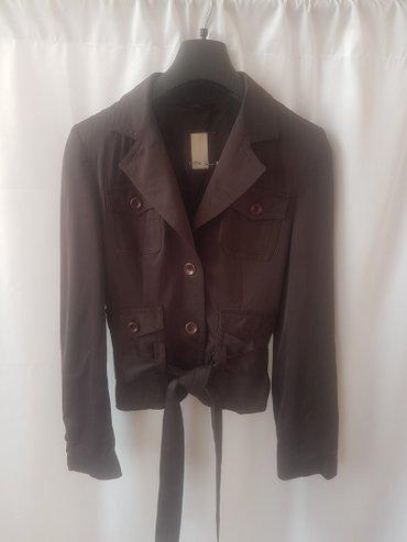 Стильная женская легкая куртка б/у, в в Бишкек
