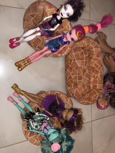 Продаю диван и два кресла для кукол. в Бишкек