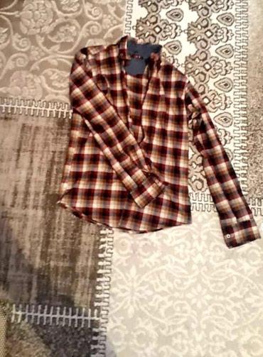 Продаю рубашку размера M, Xl в Бишкек