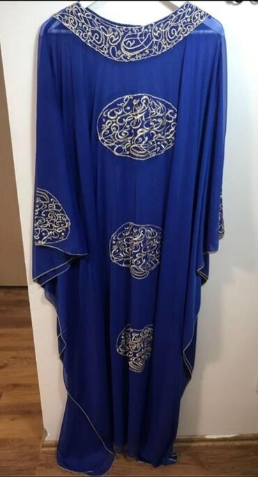 Эксклюзивное платье абайя новое на размер от 44 до 54 размера