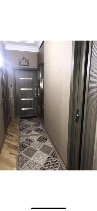 Bakı şəhərində Mehdiyabadda yeni tikili binada 3 cu mertebesinde tam temirli 3