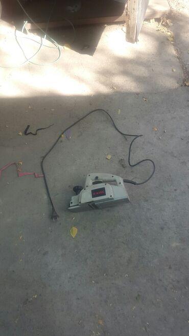 Электрический рубанок