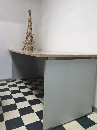 стол большой для дома в Кыргызстан: Офисный стол. 2шт.В хорошем состоянии. Самовывоз.180см×80см.Большие