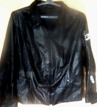 Тонкая курточка на весну. Под кожу. Очень хорошее качество. Размер 46 в Бишкек