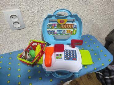 Детский мир - Токмок: Продаю детский магазинчик. 400с