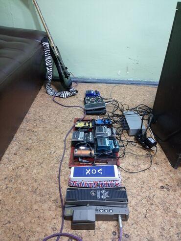 примочка для электрогитары в Кыргызстан: Продаю педали для электрогитары;  jamman stereo looper  metal distort