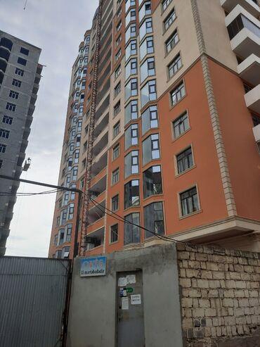 Daşınmaz əmlak - Azərbaycan: Mənzil satılır: 1 otaqlı, 63 kv. m