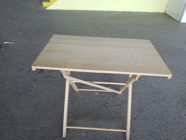 Bastenski sto na rasklapanje   novo 83 x 50 x65