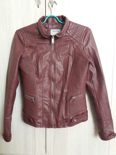 Верхняя одежда в Сокулук: Кожанная куртка от bershka размер 42_44 (м ка). не одевала! ! платье