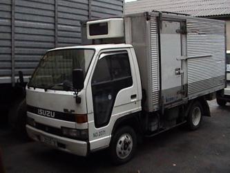 купить мерс 190 дизель в Кыргызстан: Продаю грузовик термобудка Исузу Эльф, 1993 года выпуска, дизель