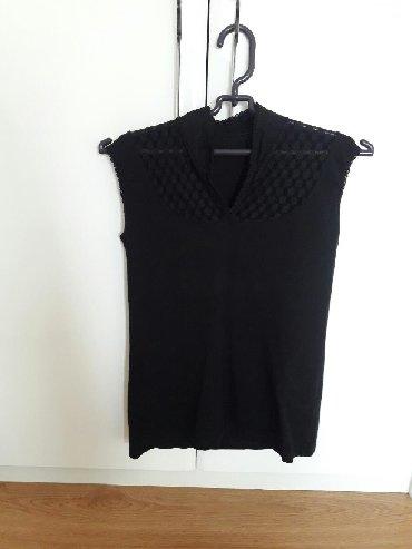Ženska odeća | Sremska Mitrovica: Crna majica velicina S - pamuk i til (jednom nosena)
