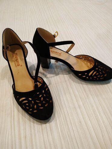 Находки, отдам даром - Бишкек: Босоножки туфли размер 37, практически новые одевались один раз на