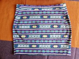 Cna broju - Srbija: Tinejdz suknja, HM. EUR 36,US 6,CA 6,CN 165/68.Obim struka 76 cm
