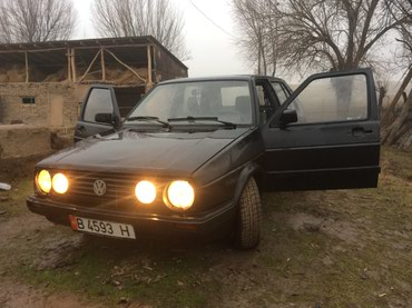Volkswagen Golf 1991 в Узген