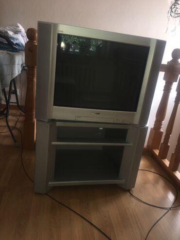 Продаю телевизор Sony с подставкой в отличном состоянии цена 4500с тел