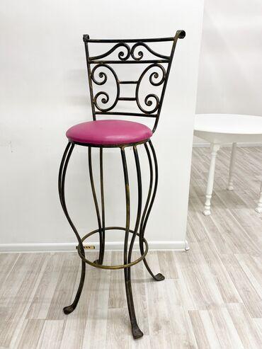 Кованный металлический барный стул