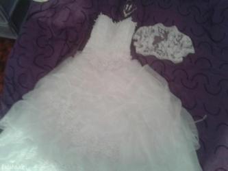 Продам красивое свадебное платье,р. 42-46   в Лебединовка
