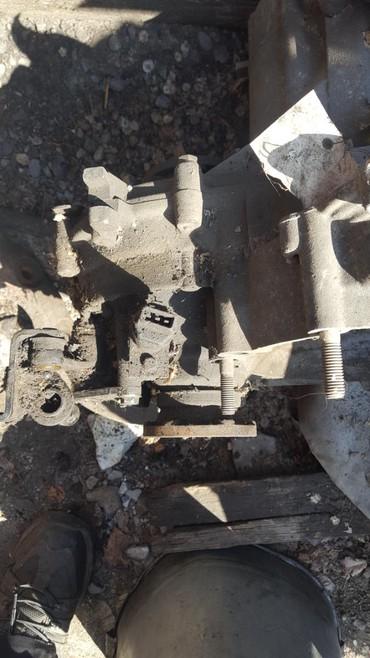 belaja skoda в Кыргызстан: Skoda коробка передач двигатель 1.6 2000 год