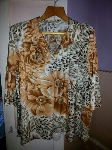 Новая красивая женская блузочка. размер примерно 54. в Бишкек