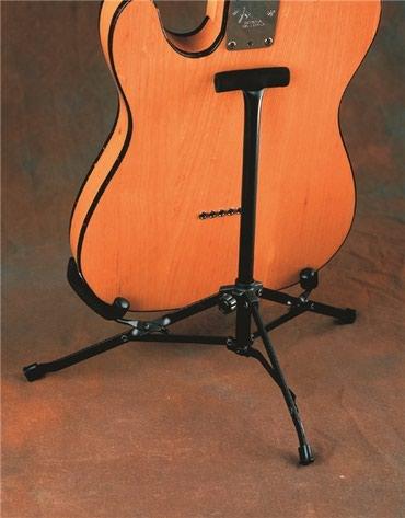Bakı şəhərində Gitar tutacagi fender yenidir
