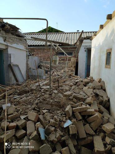 Бытовые услуги - Кок-Ой: Слом домов квартир полностью ручной а также техникой и вывоз мусора