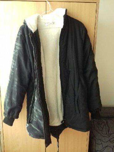 Zimske jakne modeli - Srbija: Topla zenska crna zimska jakna / parka! Nosena prosle sezone, vrlo