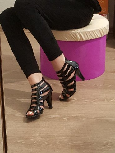 Женские туфли 35