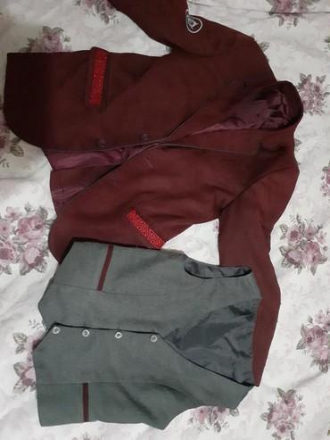 Пиджак школьный - Кыргызстан: Школьная форма пиджак желает,юбка на 12,15 лет район восток5 и рубашка