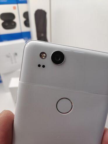 зарядное устройство для телефона samsung в Кыргызстан: Google Pixel 2 64Gb. Состояние очень хорошее. В комплекте зарядное