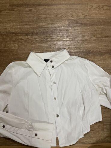 Рубашка ( кроп) Турция . Размер S. Цена 400