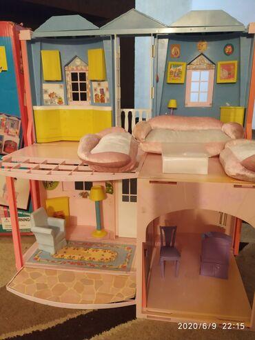 Упаковщица - Кыргызстан: Домик для Барби с мебелью. Цена 1200 сом