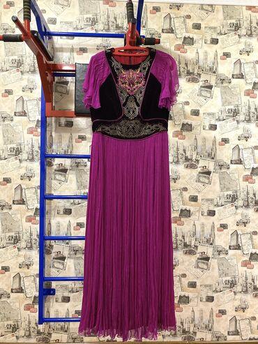 Платье делалось на заказ от DILBARносили только раз20 000с46-48 размер
