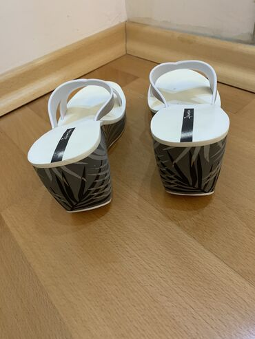 PRODATO Ipanema papuce
