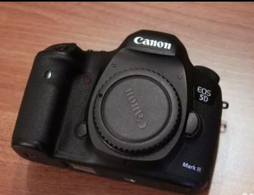 Canon Eos 5D mark III ela veziyyetde 12 min probegle.Ideal в Bakı