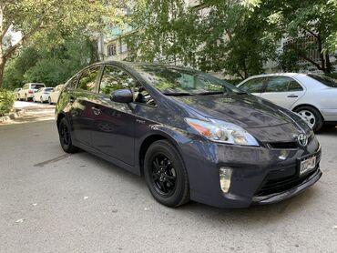 Toyota Prius 1.8 л. 2015 | 87000 км