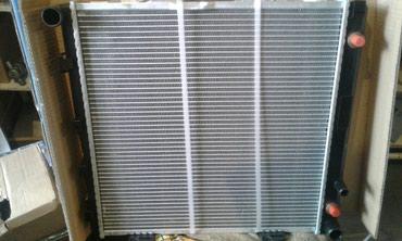 Радиатор на мерседес 124кузов Е Автомат в Бишкек