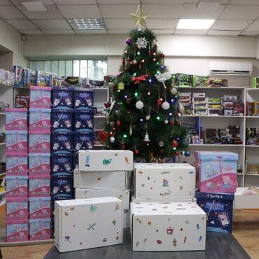 Товары для праздников - Кыргызстан: Продаются картонные подарочные коробки!Размеры Белый большой 21Белый