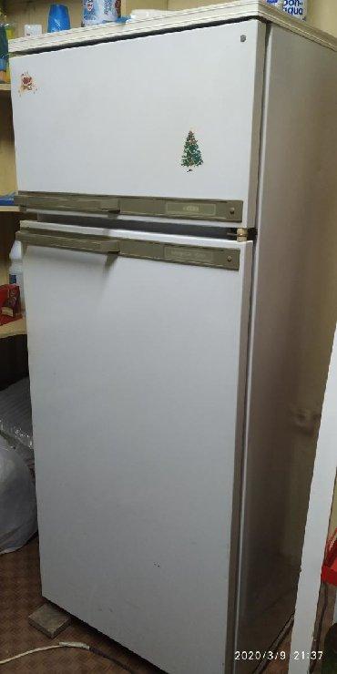 Другая бытовая техника в Кара-Балта: Продаю холодильник все работает состояние отличное