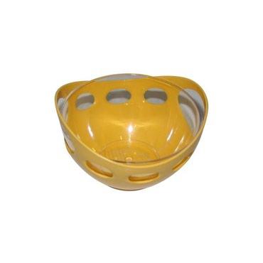 Салатник маленький пластиковый желтый б/у, диаметр 15 см,высота 9 см. в Бишкек