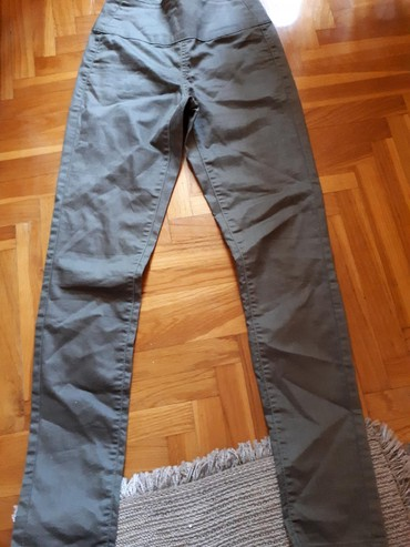 Pantalone-hm-duboke - Srbija: Pieces maslinasto zelene duboke pantalone velicina s